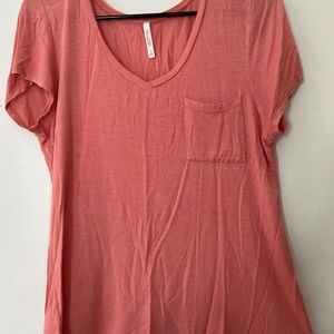 Soft pocket T-shirt loose